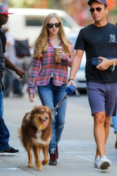 Amanda Seyfried In Tight Jeans Out In NYC September 17, 2012 HQ x 13