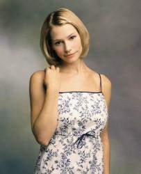 Meredith Monroe - old photoshoot