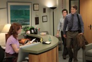Ellie Kemper on The Office S09E02; some cleavage