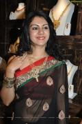 Hot Kamna Jethmalani in Saree
