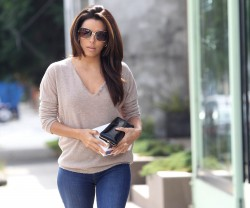 Eva Longoria In Jeans Out & About In West Hollywood October 22, 2012 HQ x 5