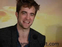 Imagenes/Videos Promocion de Amanecer Part 2 (USA) 250e0b218213293