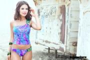 http://thumbnails102.imagebam.com/21895/4d4a94218940033.jpg