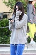 Kendall Jenner shopping in Calabasas - November 7, 2012