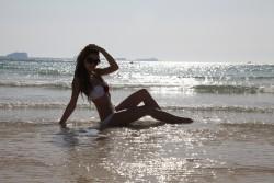 http://thumbnails102.imagebam.com/22067/61341f220666438.jpg