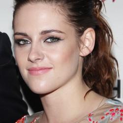 Kristen Stewart - Imagenes/Videos de Paparazzi / Estudio/ Eventos etc. - Página 31 06351e225856615