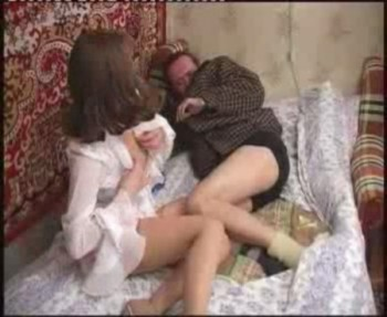 smotret-onlayn-porno-prishli-domoy