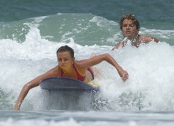 a1706f228810855 Daniela Hantuchova ~ Bikini at the beach / Brisbane, Dec 27 '12 candids