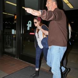 Kristen Stewart - Imagenes/Videos de Paparazzi / Estudio/ Eventos etc. - Página 31 5edfb1229009793