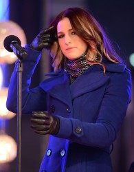 Cassadee Pope - New Year's Eve 2013 with Carson Daly in NYC 12/31/12