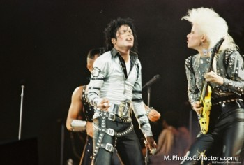 BAD TOUR PT 2  Ec324f232528541