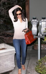 Eva Longoria - leaves a salon in Beverly Hills 1/16/13