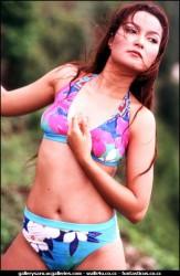 Foto Model Hot Seksi Jadul Najwa di Pantai - wartainfo.com