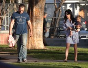 6c95c7235657771 Selma Blair takes her son Arthur to a park in Los Angeles (Feb 3)   45 HQ candids