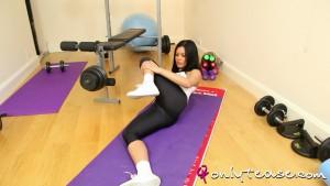 http://thumbnails102.imagebam.com/23648/e5203f236475718.jpg