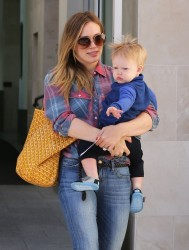 Hilary Duff - out and about in Beverly Hills 3/14/13