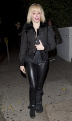 Rose McGowan - leaves the Chateau Marmont in West Hollywood 3/25/13