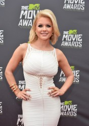 Carrie Keagan - 2013 MTV Movie Awards in Culver City 4/14/13