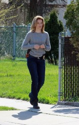 Elizabeth Banks - on the set of 'Every Secret Thing' in NYC 4/16/13