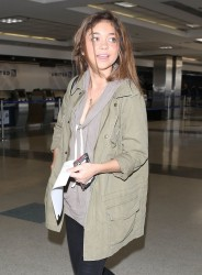 Sarah Hyland - At LAX Airport 4/17/13