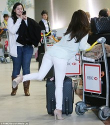 Eva Longoria - at the airport in Paris 5/11/13