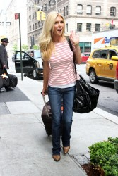 Brande Roderick - out in NYC 5/20/13