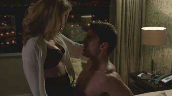 Gillian anderson the fall hot sex scene