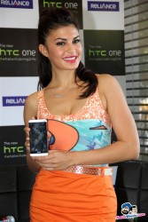 Jacqueline Fernandez (Bollywood actress) - HTC One Launch at Reliance Webworld in Mumbai on 28th May 2013