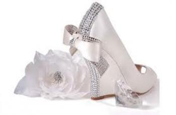 Sepatu pengantin - Ist