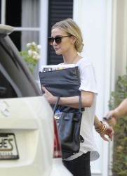 Ashlee Simpson - Leaving acting class in LA 7/8/13