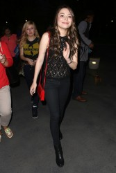 Miranda Cosgrove & Jennette McCurdy - leaving the Bruno Mars concert in LA 7/27/13
