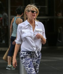 Kate Upton - leaves her hotel in NYC 7/28/13