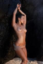 Bader nackt anna Emily Blunt