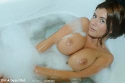 http://thumbnails102.imagebam.com/27146/5fdf32271453614.jpg