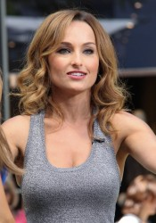 Giada De Laurentiis & Maria Menounos - (+ Video) - on the set of Extra in LA 8/20/13
