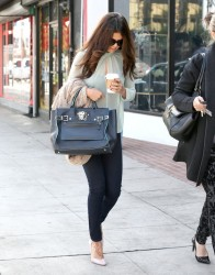 Selena Gomez - Getting coffee in LA 10/3/13