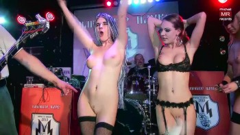Korrozia metalla metal concert kinky nude girls on stage