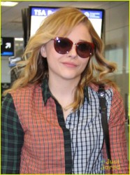 Chlöe Moretz - at the airport in Miami 10/15/13