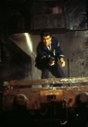 Джеймс Бонд 007: И целого мира мало / 007 The World Is Not Enough (Пирс Броснан, 1999) 7fcc79287543575