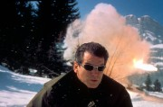 Джеймс Бонд 007: И целого мира мало / 007 The World Is Not Enough (Пирс Броснан, 1999) B12534287543784