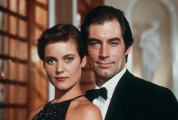 Джеймс Бонд 007: Лицензия на убийство / Licence to Kill (Тимоти Далтон, Роберт Дави, Бенисио Дель Торо, 1989) 2c7e17548501469