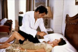 Джеймс Бонд 007: Лицензия на убийство / Licence to Kill (Тимоти Далтон, Роберт Дави, Бенисио Дель Торо, 1989) 5c40e9548502774