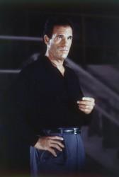 Джеймс Бонд 007: Лицензия на убийство / Licence to Kill (Тимоти Далтон, Роберт Дави, Бенисио Дель Торо, 1989) F742a2548501901