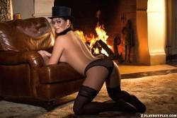 http://thumbnails102.imagebam.com/54852/6b6709548519079.jpg