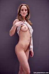 http://thumbnails102.imagebam.com/54852/ff5cde548517921.jpg