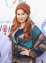 Renee Olstead - An Evening With Women 5/13/2017  X14 + ADDS