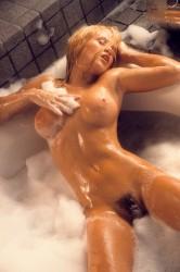 http://thumbnails102.imagebam.com/54888/df2e3f548877242.jpg