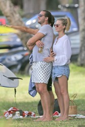 Margot Robbie - Hanging out with friends in Hawaii 5/14/17