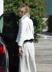 Gwyneth Paltrow - Out in LA 5/19/17