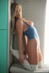 http://thumbnails102.imagebam.com/55188/74245a551879841.jpg